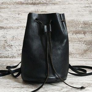 🔴Vintage Black Leather Drawstring Bucket Backpack